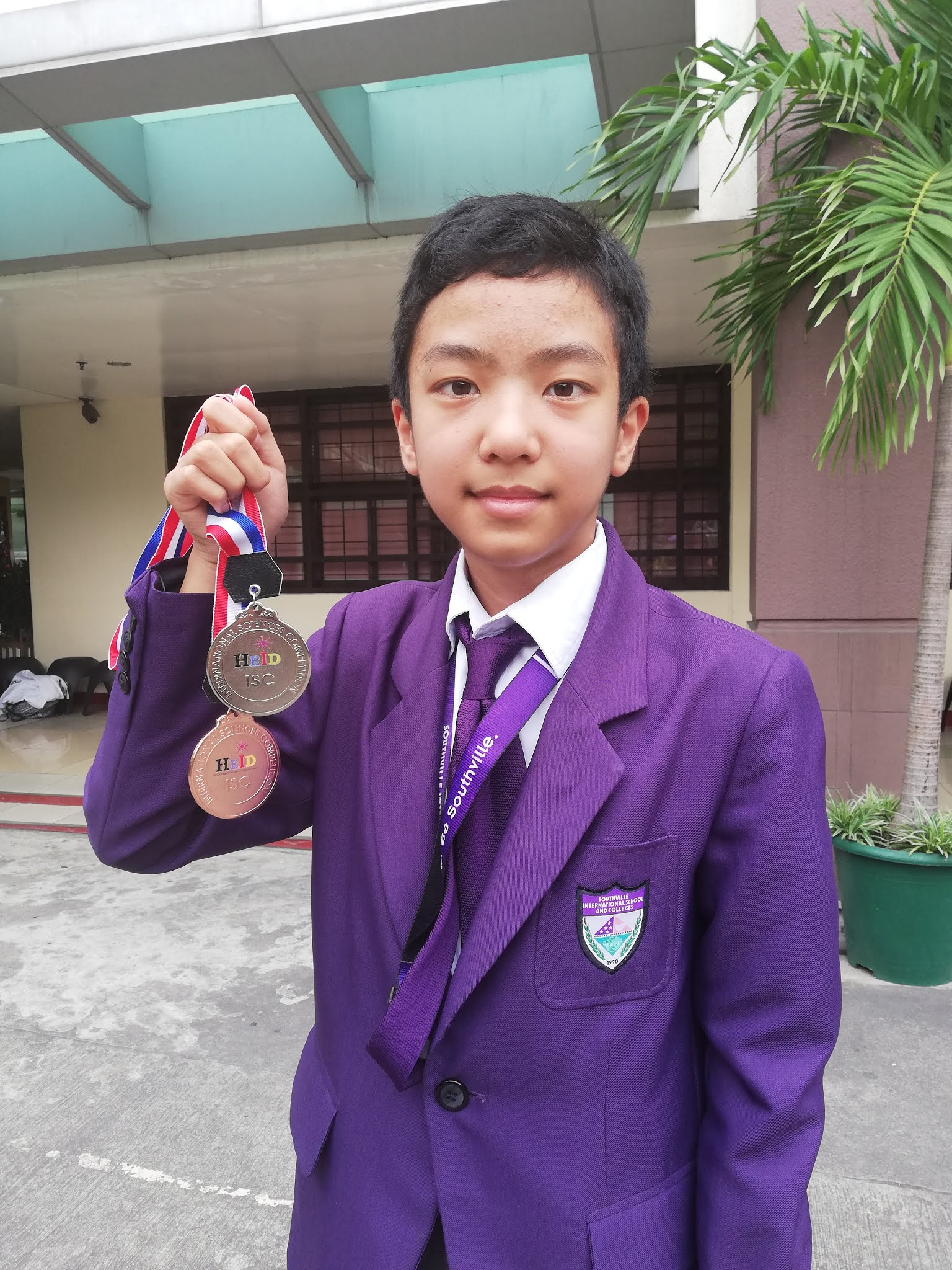 "Grade 7 ""Science Guru"" Receives Double Awards in Malaysia"
